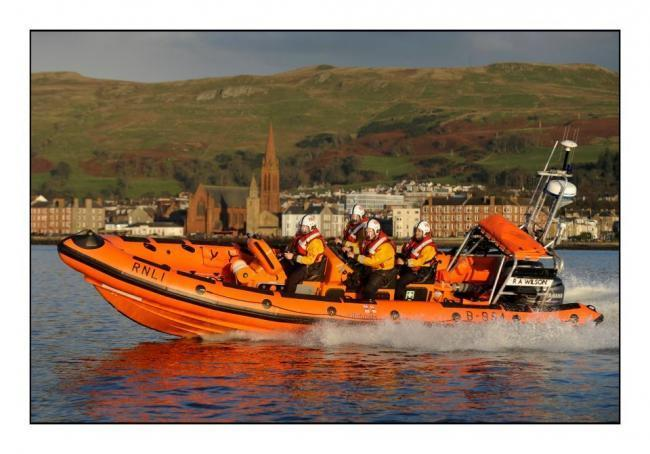 Largs Lifeboat late night call