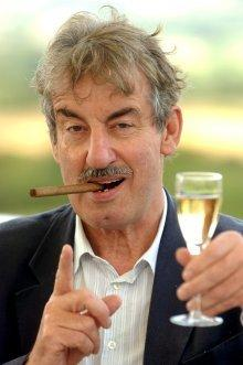Only Fools and Boycie... Popular comedy actor coming to the Beacon.
