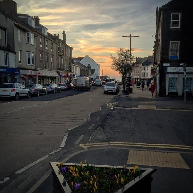 Concerns over Largs Main Street for pedestrians