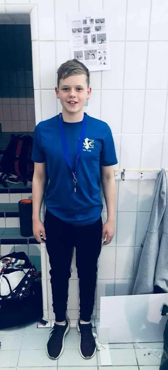 Medal man ... Fraser Kelly delighted with East Kilbride swim