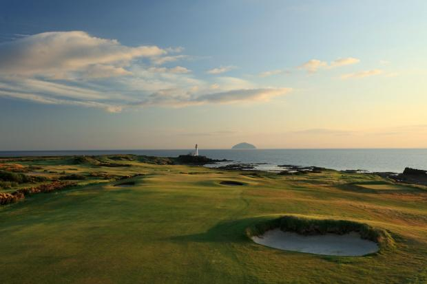 Largs and Millport Weekly News: King Robert the Bruce, 8th Hole